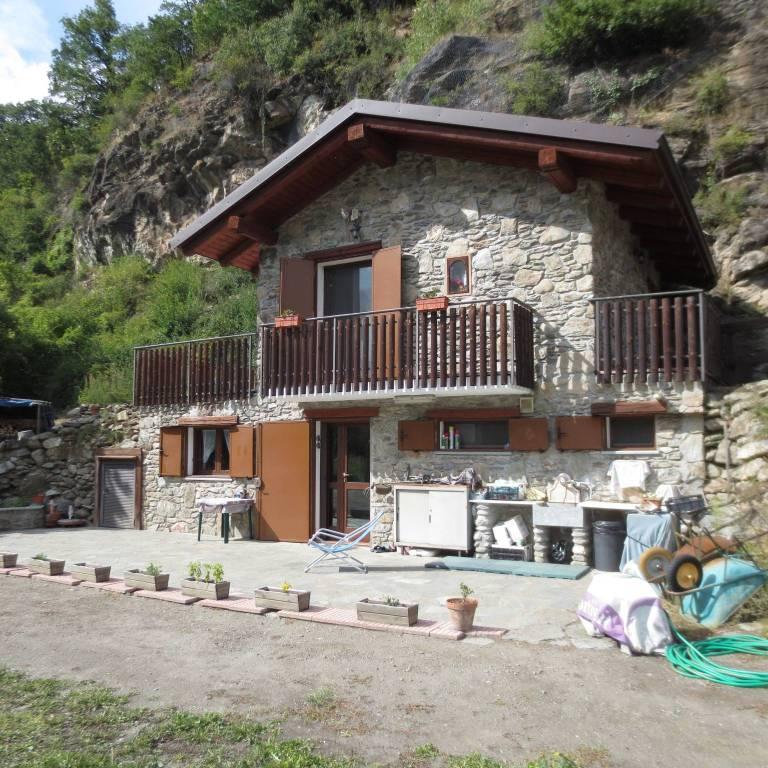 Rustico / Casale in vendita a Chiomonte, 9999 locali, prezzo € 85.000 | CambioCasa.it