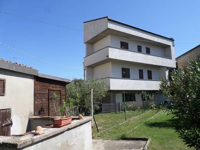 Villa in Vendita a Magione:  5 locali, 170 mq  - Foto 1