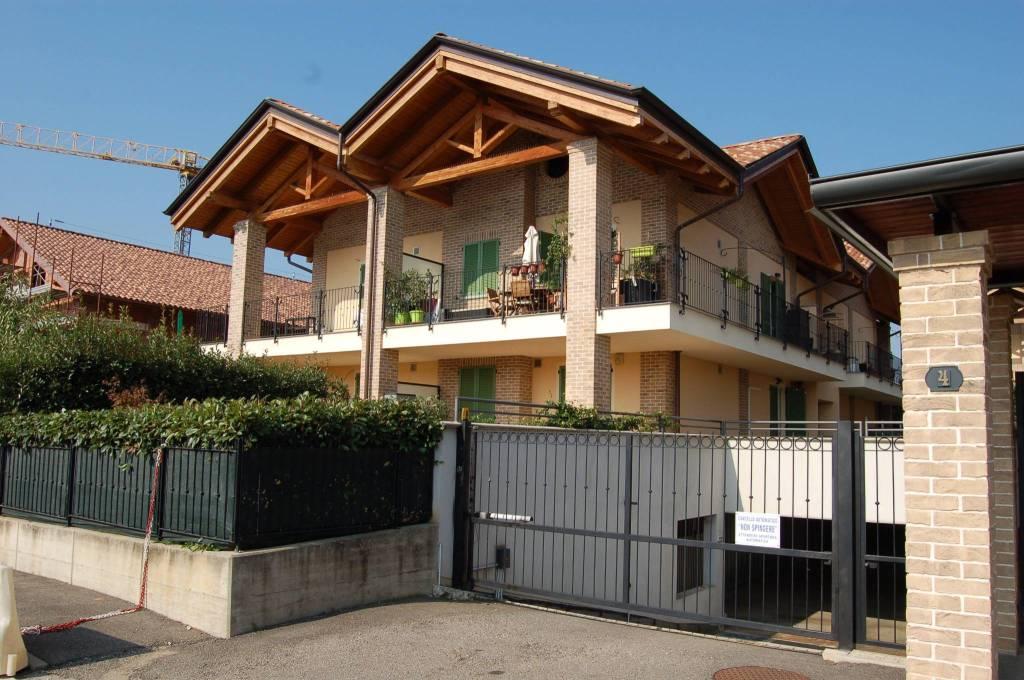 Appartamento in ottime condizioni in affitto Rif. 7200460