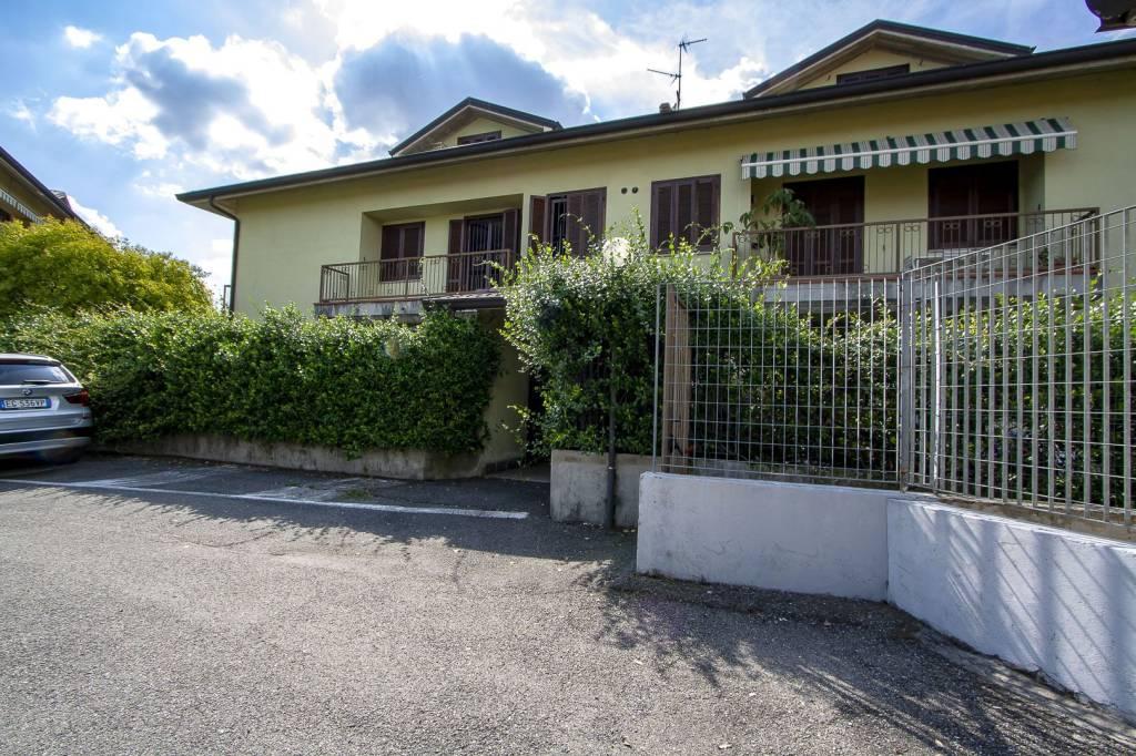 Appartamento in buone condizioni in vendita Rif. 7794135