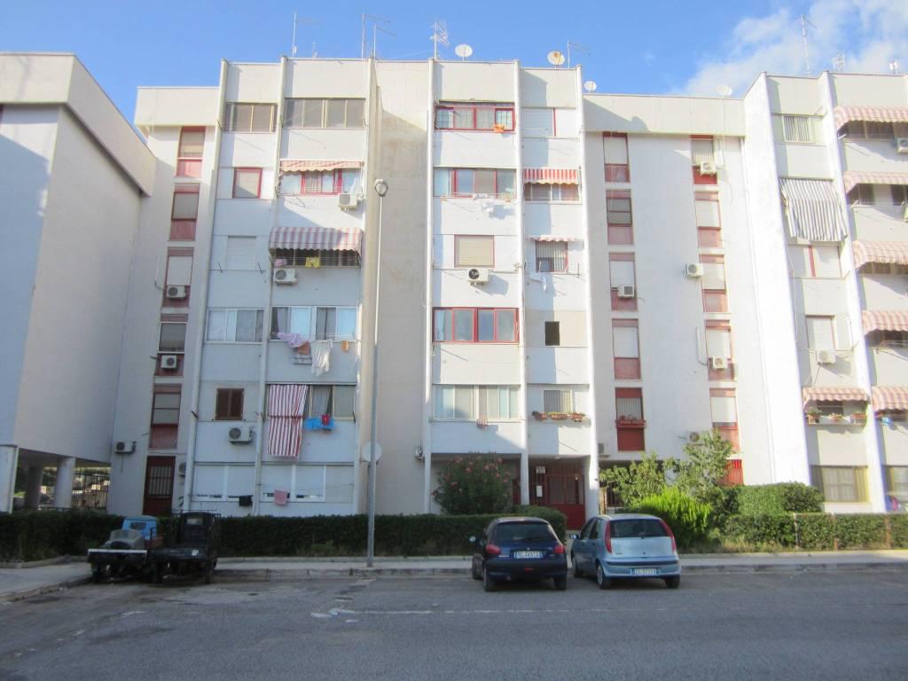 Appartamento in buone condizioni in vendita Rif. 7807004