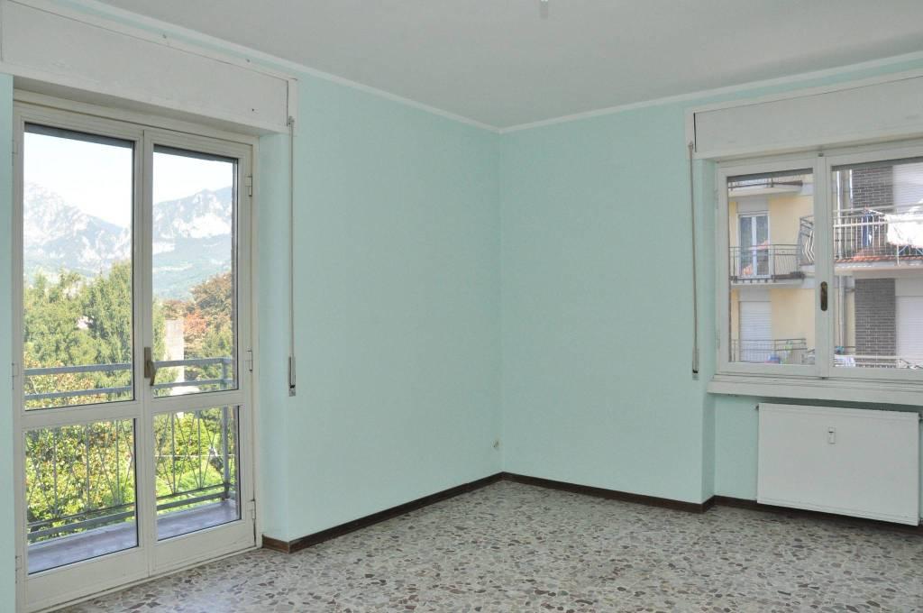 Appartamento da ristrutturare in vendita Rif. 7796239