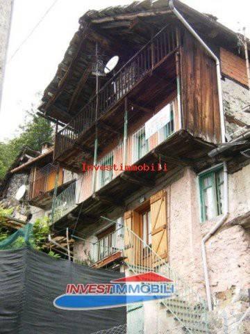 Rustico / Casale da ristrutturare in vendita Rif. 8748941