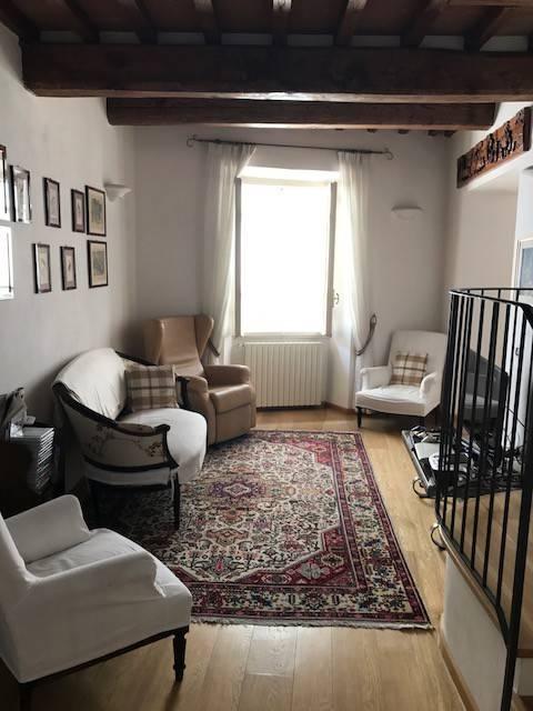 Appartamento in ottime condizioni in vendita Rif. 7796181