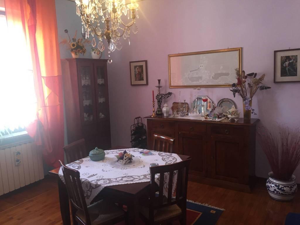 Appartamento in buone condizioni in vendita Rif. 7794339