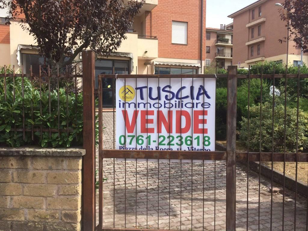 Locale Commerciale Grotticella
