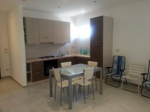 Bernalda - Affittasi interessante appartamento ben arredato