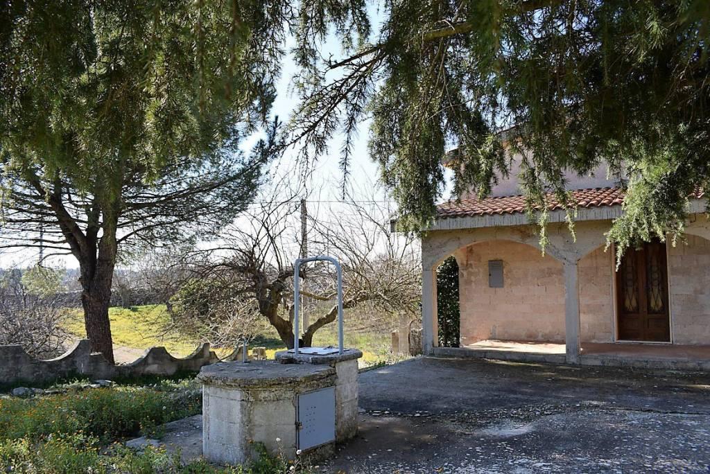 Villa da ristrutturare in vendita Rif. 7797968