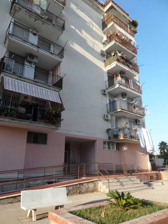 Appartamento in buone condizioni in vendita Rif. 7794257