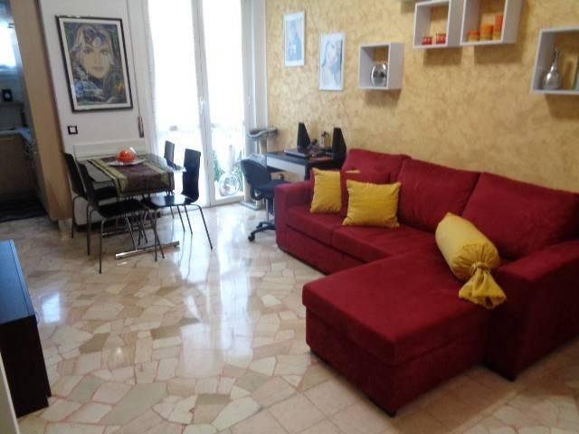 Appartamento in ottime condizioni parzialmente arredato in vendita Rif. 7807161