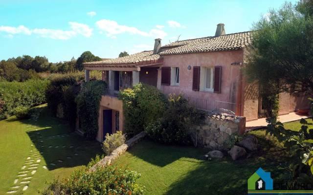 Villa in Vendita a Arzachena:  5 locali, 197 mq  - Foto 1