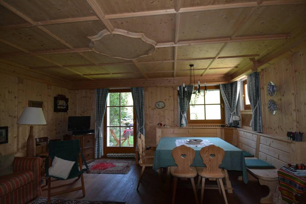 Appartamento in ottime condizioni arredato in vendita Rif. 7813954