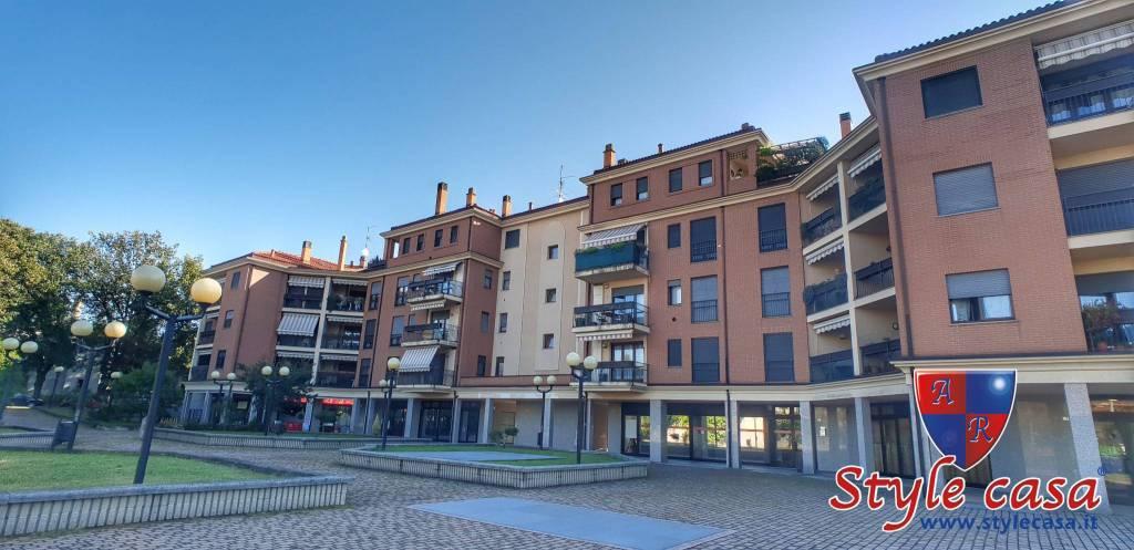 Appartamento in buone condizioni in vendita Rif. 7807263