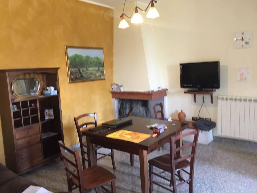 Appartamento in Affitto a Lecce Centro: 3 locali, 90 mq
