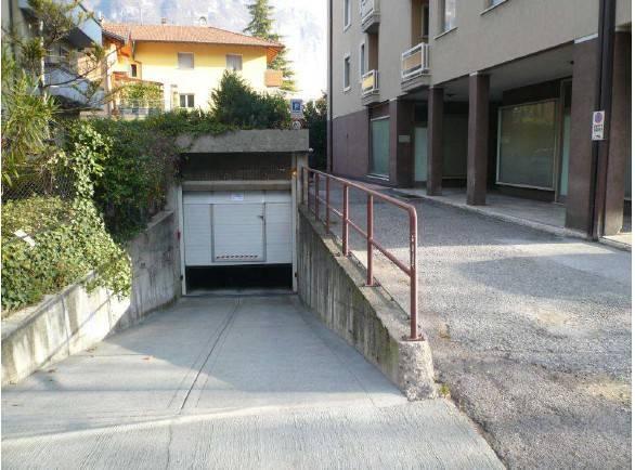 Appartamento in buone condizioni arredato in vendita Rif. 7813945