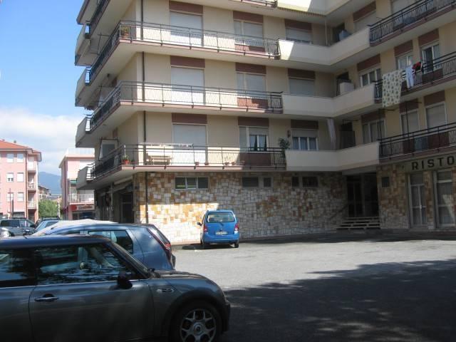 Appartamento in buone condizioni arredato in affitto Rif. 7807555