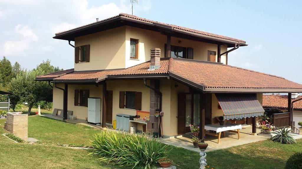 Villa in ottime condizioni in vendita Rif. 7807756