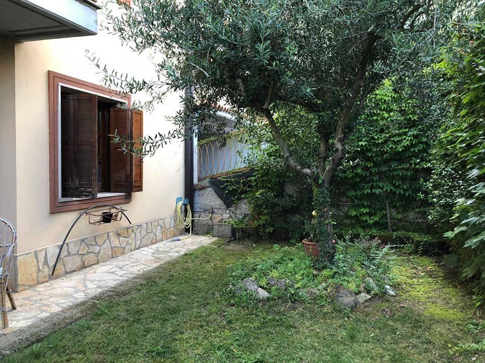 Appartamento in ottime condizioni arredato in affitto Rif. 7811600