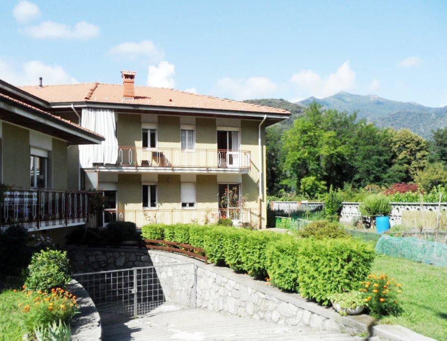Appartamento in buone condizioni parzialmente arredato in affitto Rif. 7412538