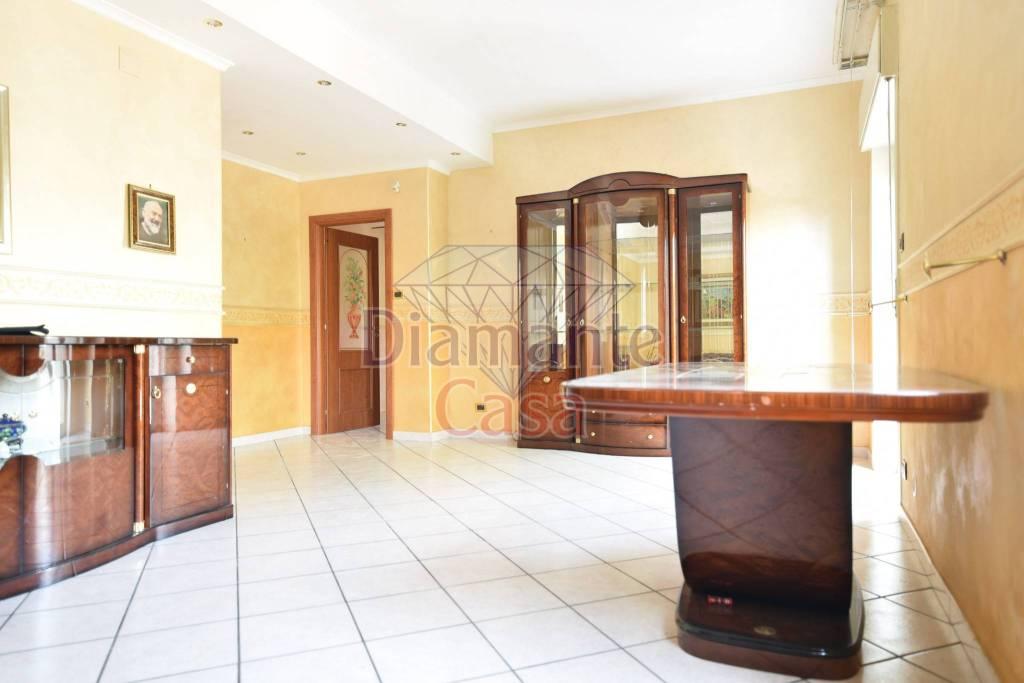 Appartamento in Vendita a San Gregorio Di Catania Centro: 3 locali, 90 mq