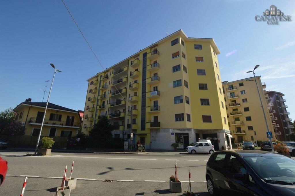 Appartamento in buone condizioni in vendita Rif. 7890907