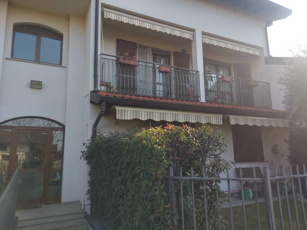 Appartamento in ottime condizioni in vendita Rif. 7810899