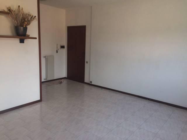 Appartamento in buone condizioni in vendita Rif. 7810261