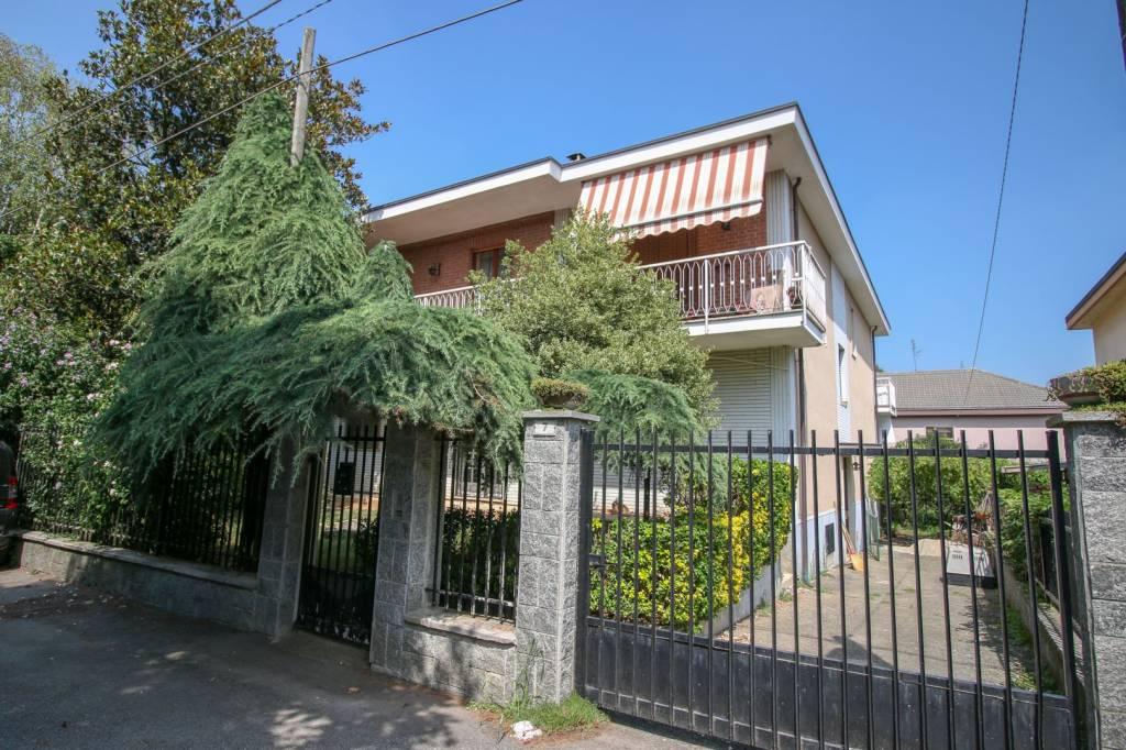 Villa in buone condizioni in vendita Rif. 7808593