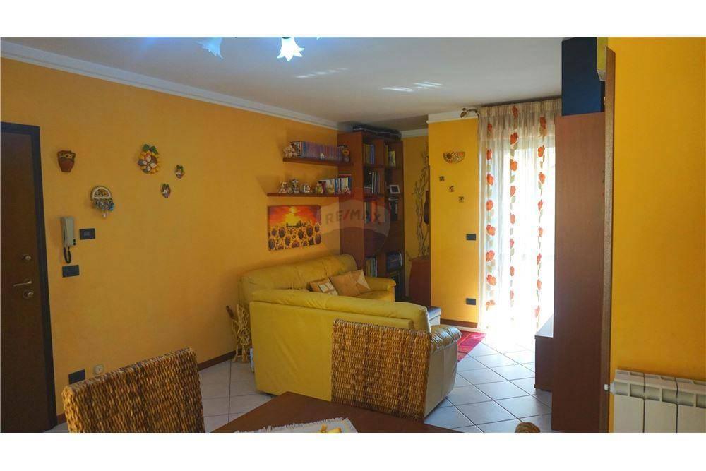Appartamento in vendita a Bagnolo Mella, 3 locali, prezzo € 125.000 | CambioCasa.it