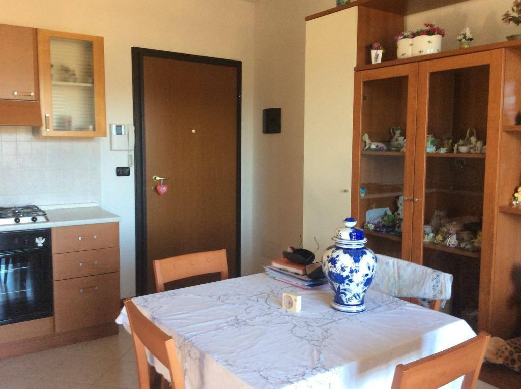 Appartamento su due livelli, in zona verde e silenziosa