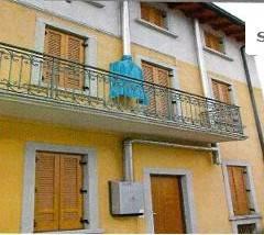 Appartamento in buone condizioni in vendita Rif. 7821926