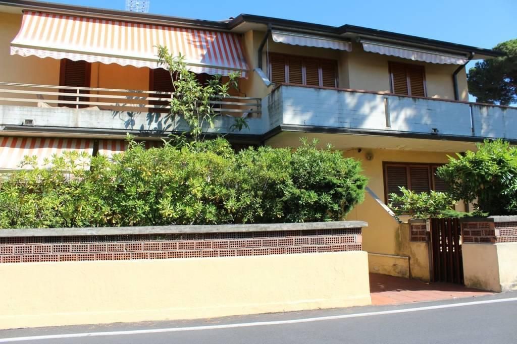 Appartamento in ottime condizioni arredato in affitto Rif. 7820071