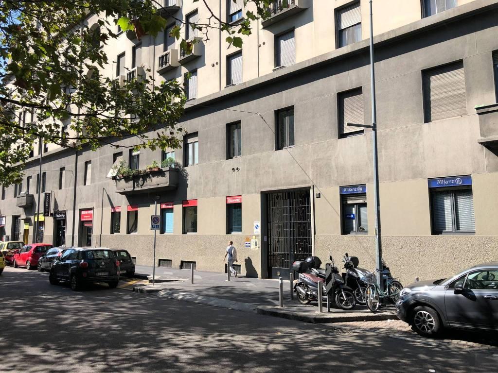 Appartamento in vendita 2 vani 40 mq.  piazza Ernesto De Angeli Milano