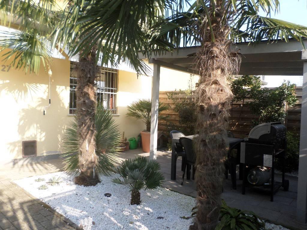 Appartamento in ottime condizioni parzialmente arredato in vendita Rif. 7833720