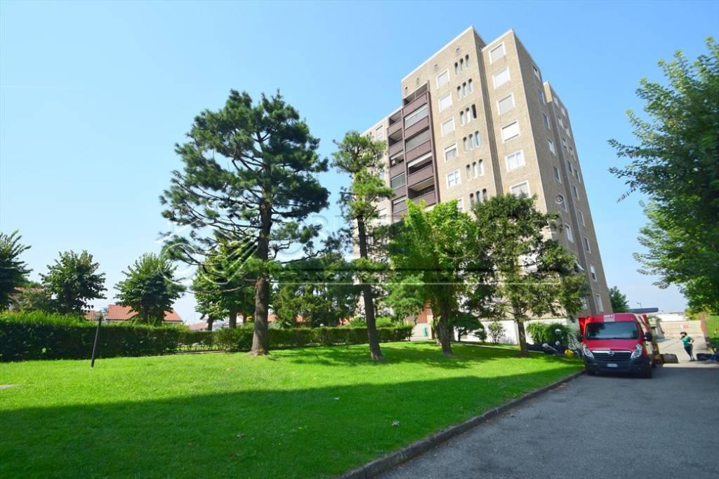 Appartamento in ottime condizioni in vendita Rif. 7833256