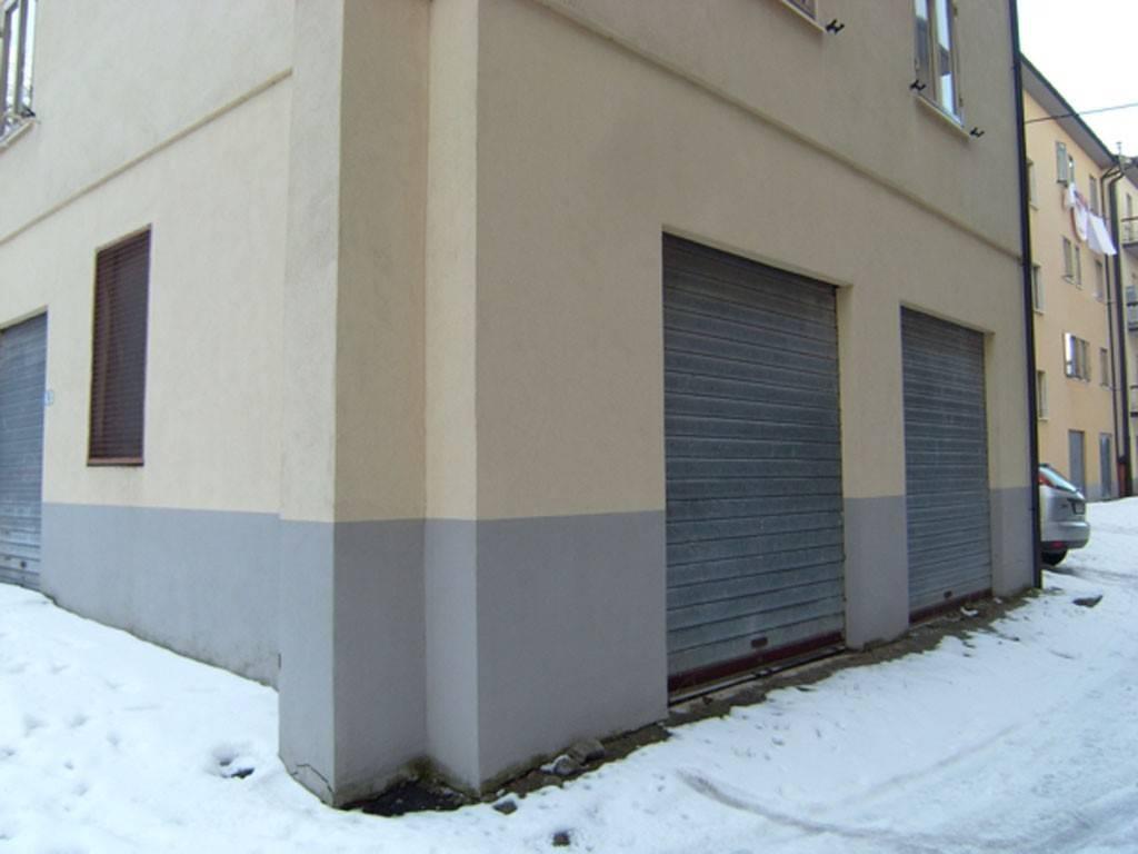Appartamento in buone condizioni arredato in vendita Rif. 7832954