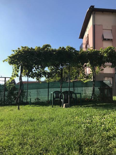 Appartamento in buone condizioni parzialmente arredato in vendita Rif. 7832886