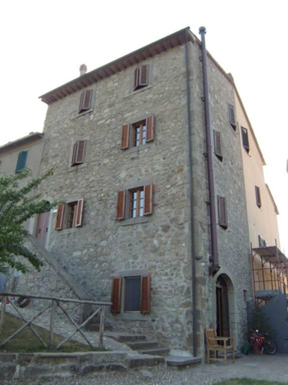 Casa Indipendente in ottime condizioni arredato in vendita