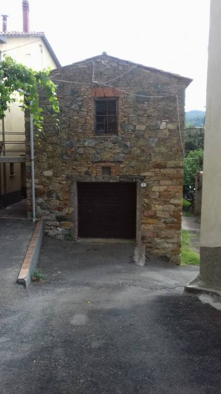 Appartamento da ristrutturare in vendita Rif. 7837046