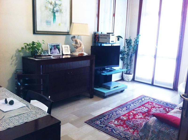 Appartamento in buone condizioni in vendita Rif. 7833563