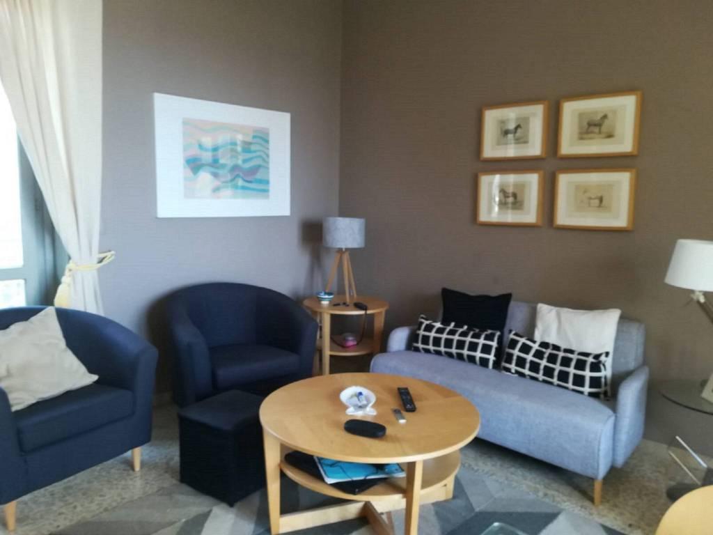 Appartamento in buone condizioni arredato in affitto Rif. 7834044