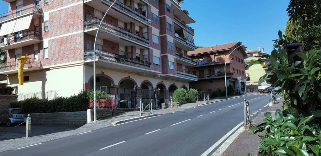 Appartamento in buone condizioni arredato in affitto Rif. 7832580