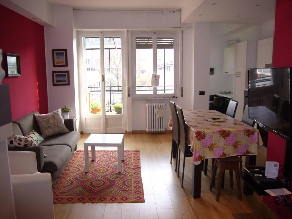Appartamento in ottime condizioni arredato in affitto Rif. 7832423