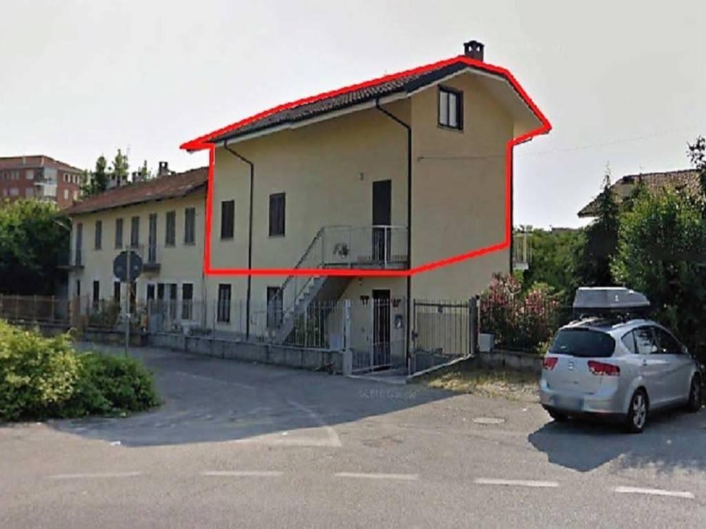 Appartamento in vendita a Pianezza, 6 locali, prezzo € 120.000 | CambioCasa.it