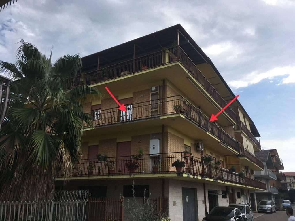 Appartamento in buone condizioni in vendita Rif. 7835101