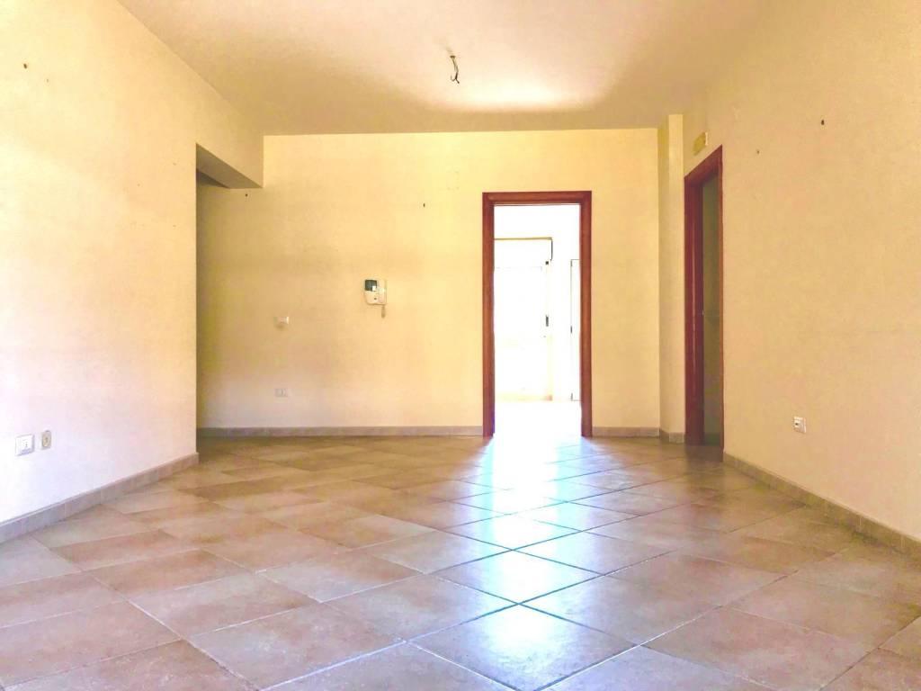 Appartamento in ottime condizioni in vendita Rif. 9123788