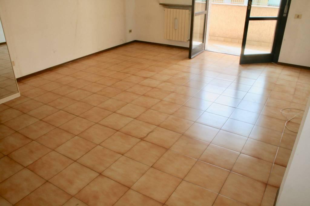 Appartamento in buone condizioni in vendita Rif. 7832081