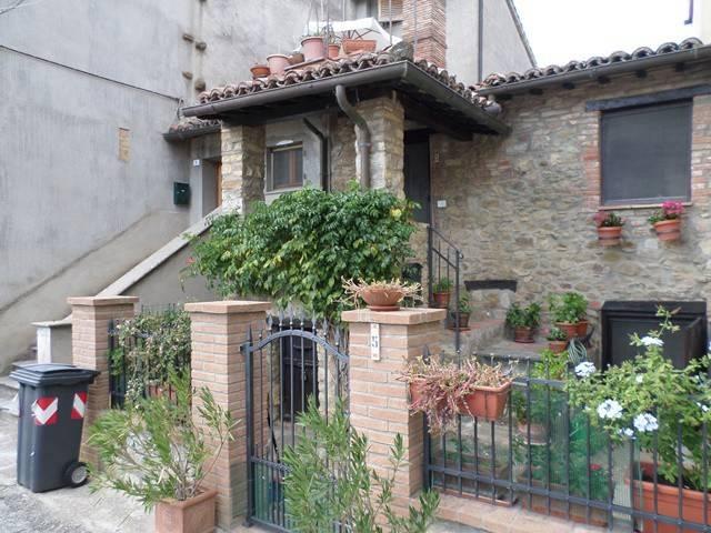 Casa indipendente in Vendita a Magione: 5 locali, 95 mq