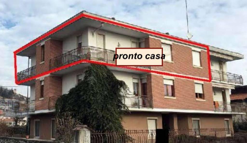 Appartamento in buone condizioni in vendita Rif. 8524385