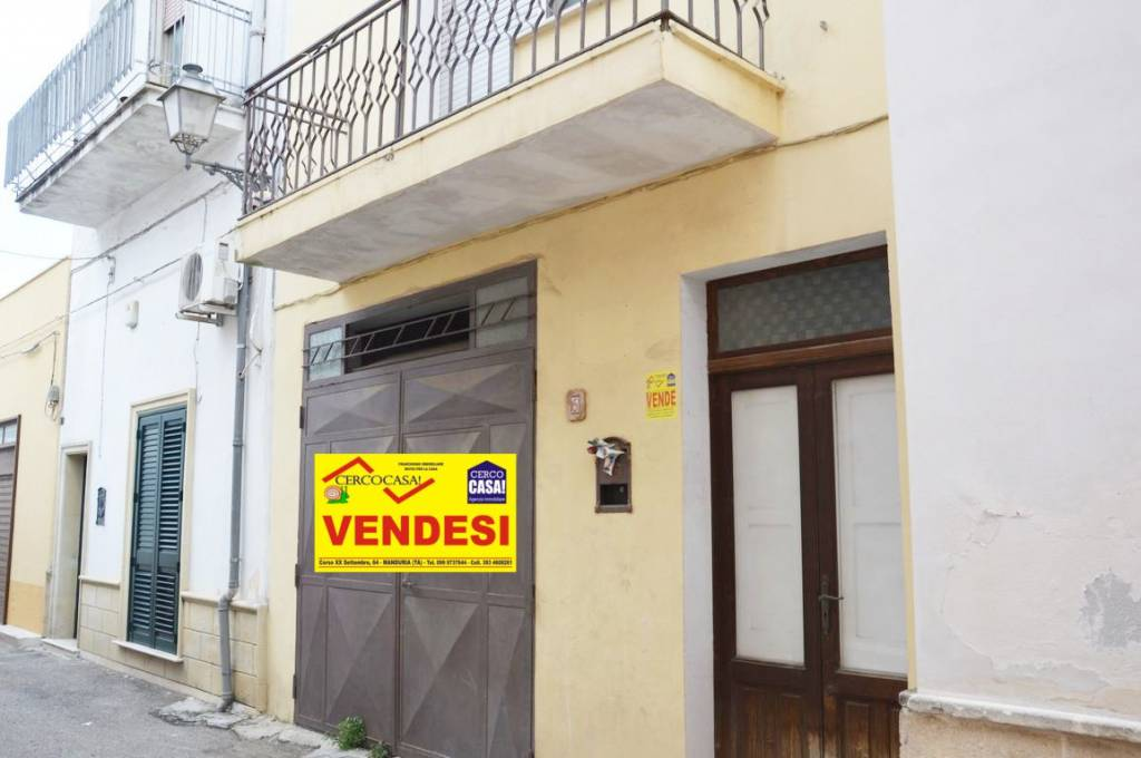 Appartamento in buone condizioni in vendita Rif. 7845301